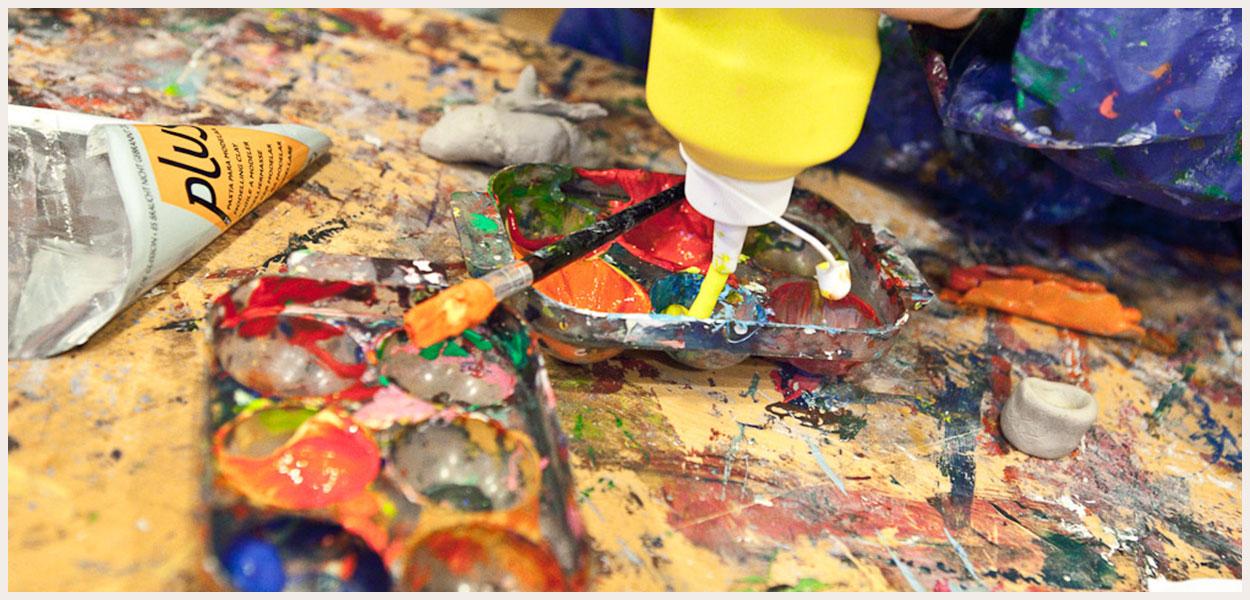 Hold 10: Akrylmaleri Og Farveteori