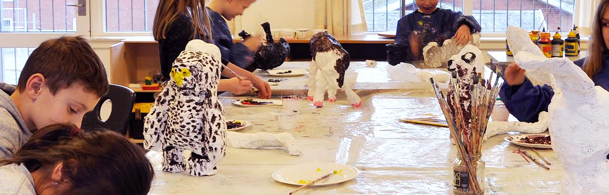 KøgeBilledskole-top-tegning-maling-skulptur-Hojelseskole-2015-16
