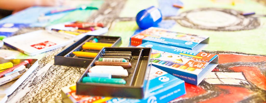 Køge Billedskole Holdgrafik Malerkridt Og Tegninger